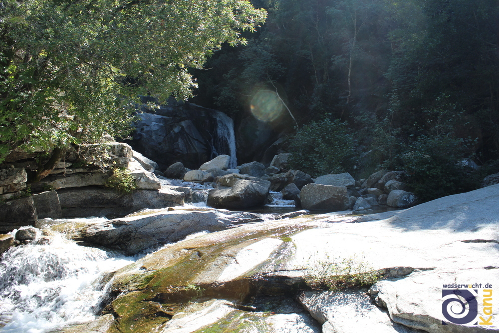 Badestelle am Wasserfall