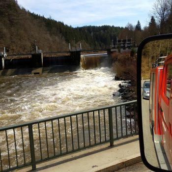 Die Wehre in Gumpenried sind bei Hochwasser gut überströmt.